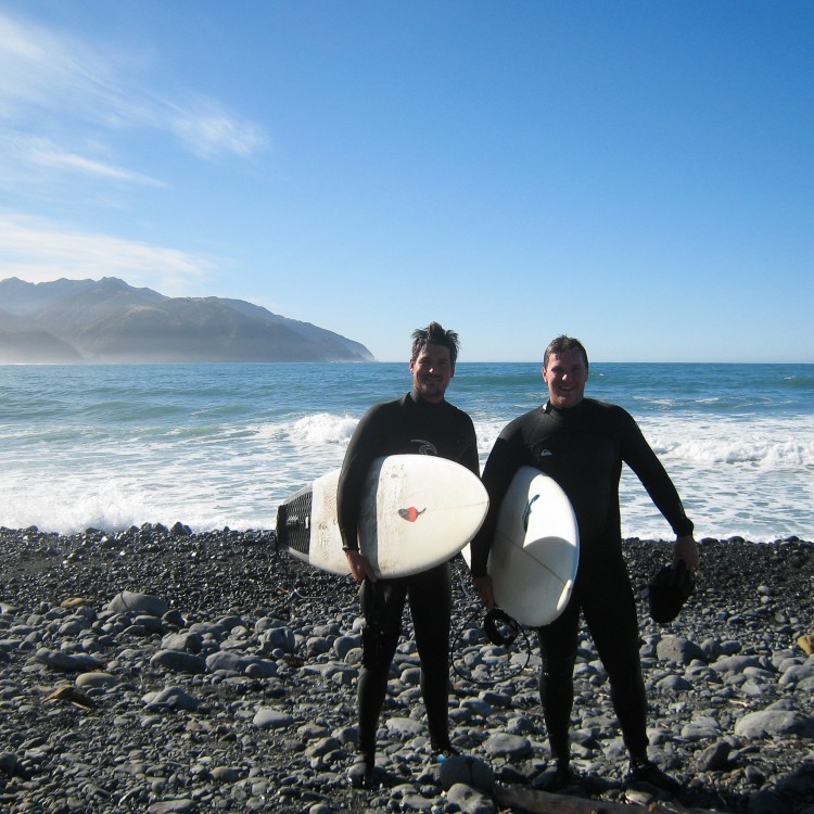 New Zealand Surfing Guides